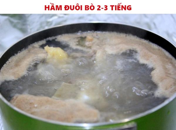 Cách nấu lẩu đuôi bò thuốc bắc siêu dễ bồi bổ cả gia đình