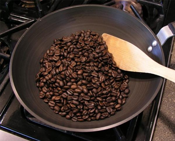 Cách khử mùi nhà bếp bằng cách sử dụng cà phê