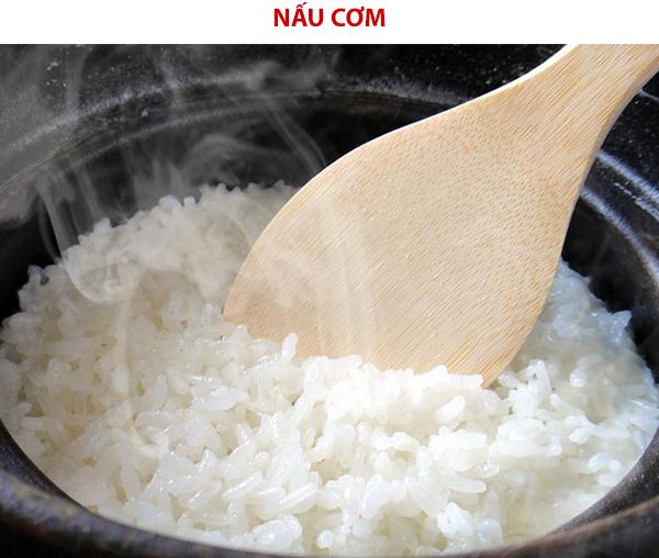 Nấu cơm ủ giấm gạo