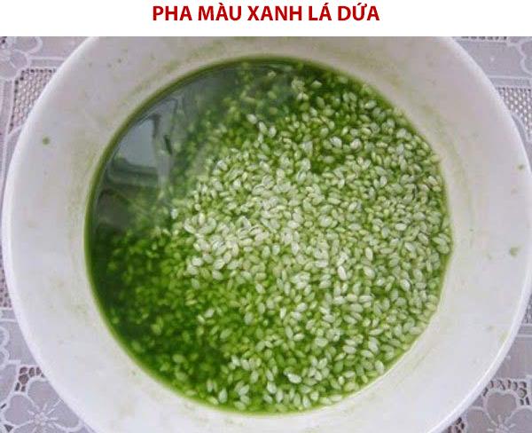 Cách pha màu xanh lá dứa cho gạo nếp