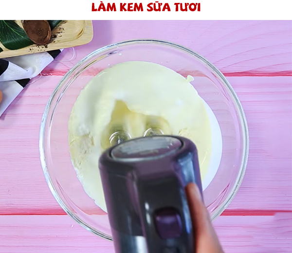 Cách làm hỗn hợp kem sữa tươi