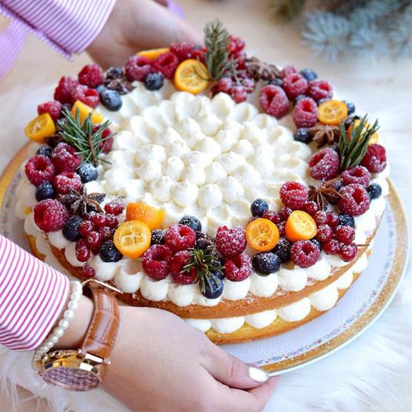 Cách trang trí bánh sinh nhật bằng trái cây