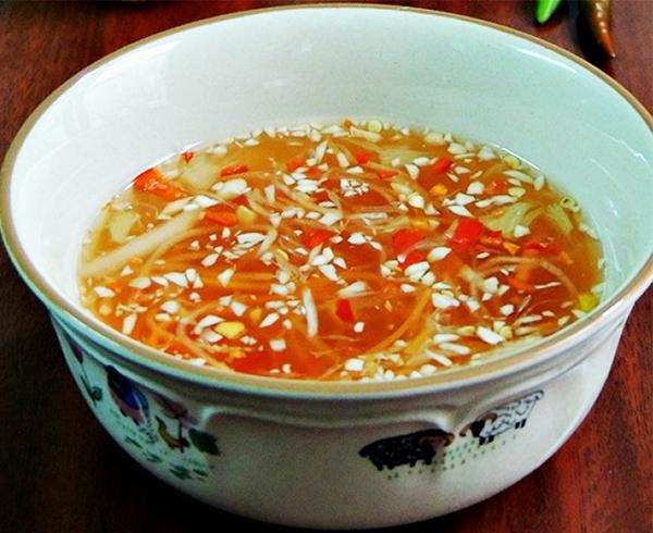 Cách làm nước mắm chua ngọt chấm bánh xèo