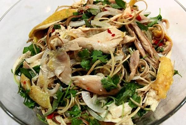 Cách làm gỏi gà xé phay bắp cải
