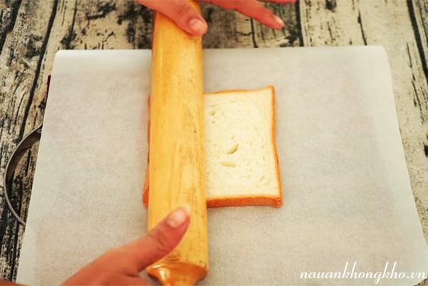 Sơ chế bánh mì làm kem chiên