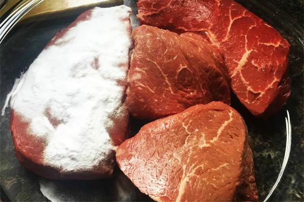 công dụng của baking soda giúp thịt mềm ngon hơn