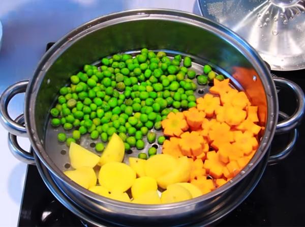 Sơ chế nguyên liệu nấu lagu chay