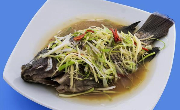 Cách nấu cá rô phi hấp hành