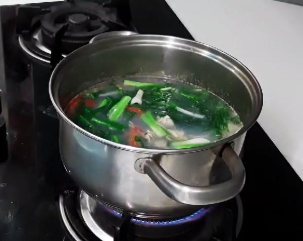 Cách nấu canh nghêu thì là