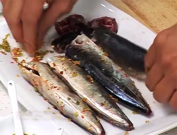 Cách kho cá nục với thơm