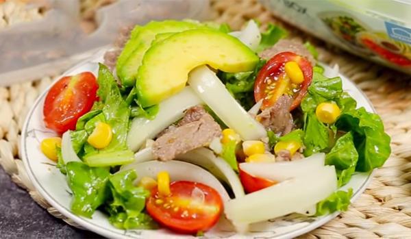 Cách làm salad bơ giảm cân thịt bò