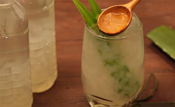 Cách làm nước nha đam lá dứa đường phèn