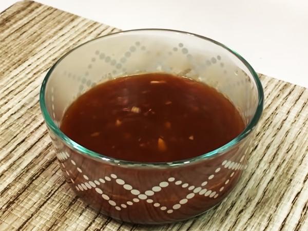 Cách làm nước sốt hủ tiếu khô