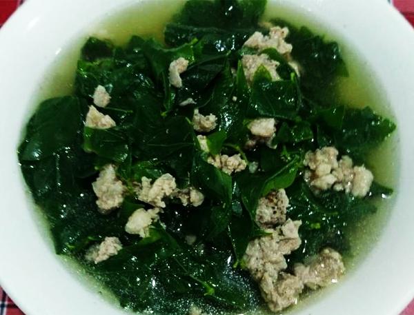 Cách nấu canh rau ngót với thịt bằm
