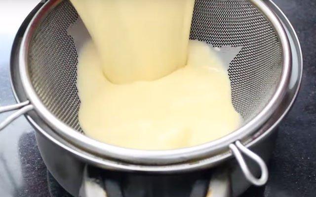Cách làm bánh flan bằng nồi cơm điện