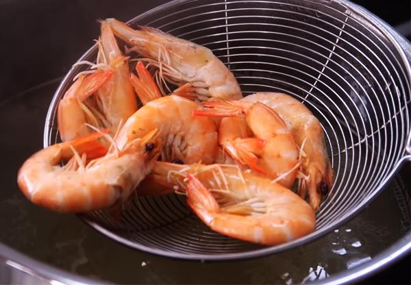 Cách nấu bánh canh cua biển