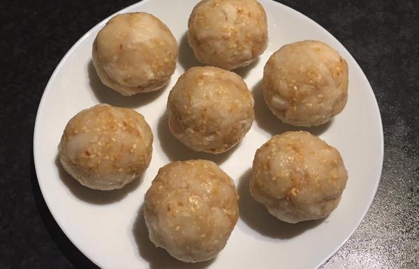 Cách sên nhân sữa dừa làm bánh trung thu