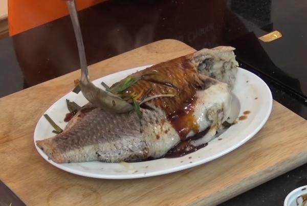Cách làm cá diêu hồng hấp xì dầu