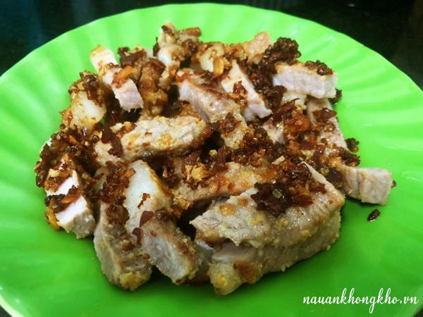 Cách làm thịt ba rọi chiên muối sả