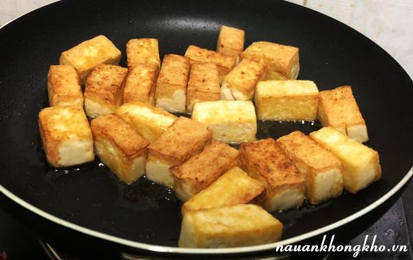Cách làm đậu hũ xào nấm chay