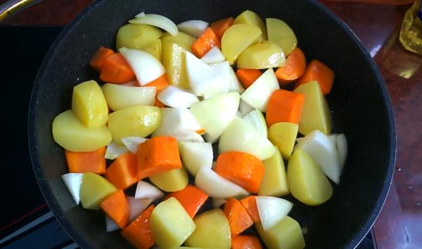 Cách làm gà nấu đậu trắng