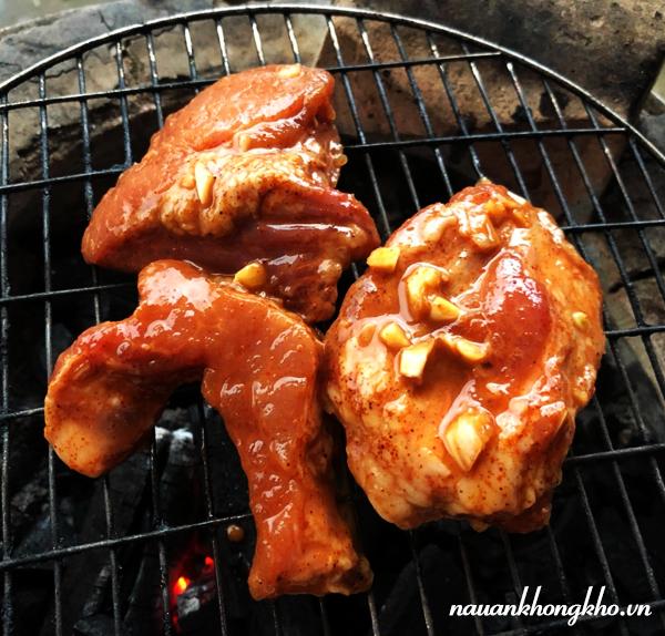 Cách làm thịt heo nướng bằng than hoa
