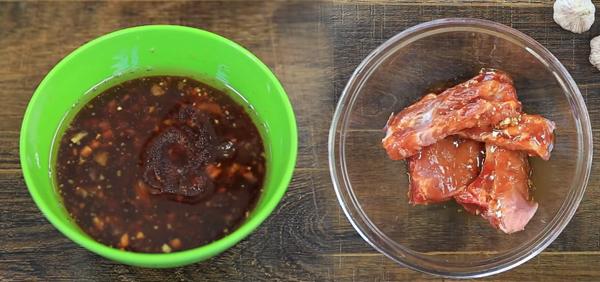 Cách làm sườn nướng mật ong tương ớt