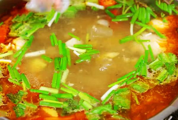 Cách nấu lẩu vịt chua cay