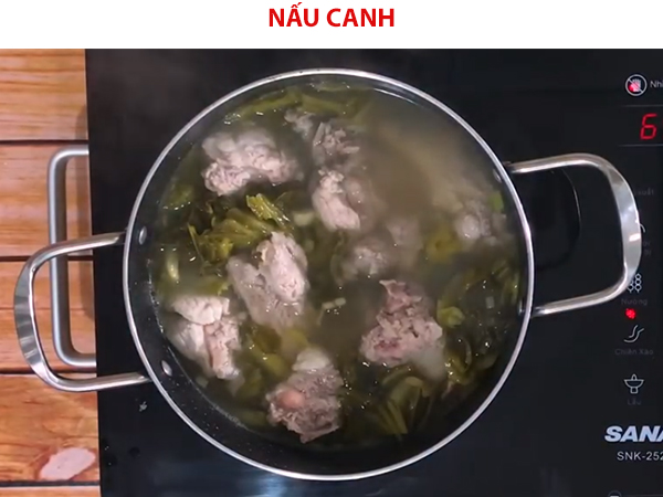 Cách nấu canh cải chua sườn non
