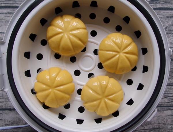 Cách làm bánh bao bí đỏ