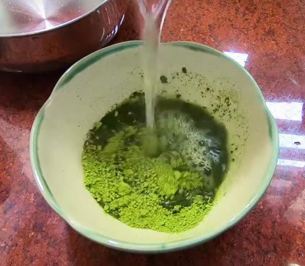Cách làm rau câu trà xanh nước cốt dừa