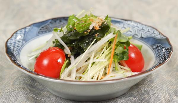 Cách làm salad rong biển
