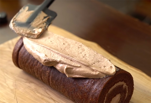 Cách làm bánh khúc cây noel