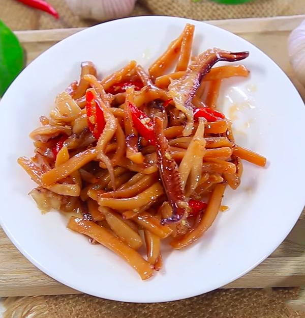 Cách làm mực khô xào chua ngọt