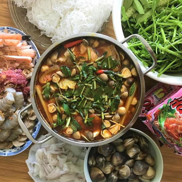 cách nấu lẩu hải sản chua cay ngon
