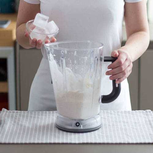 cách làm sinh tố dừa cà phê đơn giản