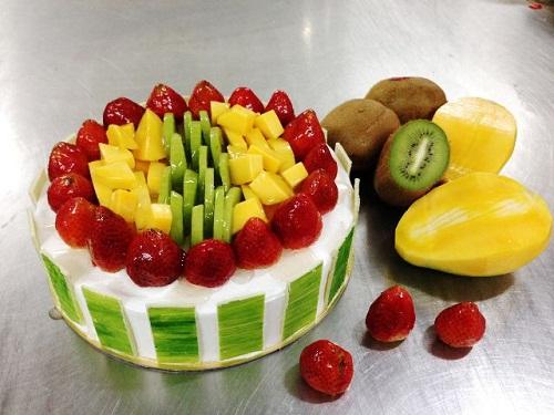Kết quả hình ảnh cho cách làm bánh sinh nhật bằng nồi cơm điện