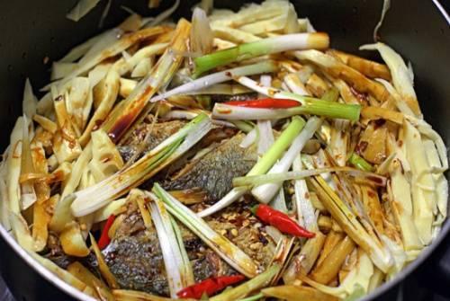 ffffffffrfrfrf Cách kho 12 món cá ngon mà không lo bị tanh dành cho người nội trợ