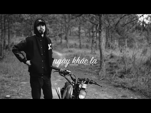 Ngày Khác Lạ - Đen ft. Giang Pham, Triple D (Official Audio)