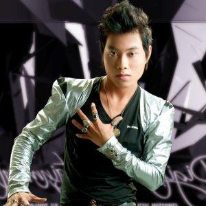 Ca sĩ Lâm Chấn Kiệt