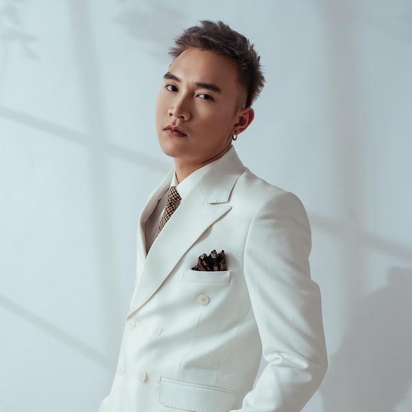 tiểu sử ca sĩ Trịnh Đình Quang