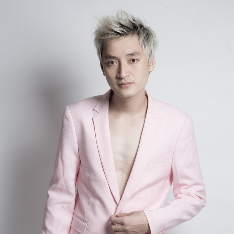 con đường sự nghiệp ca sĩ HỒ Gia Khánh