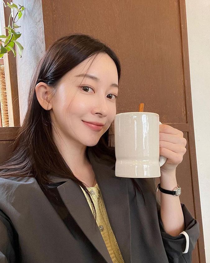 Các lợi ích thần thánh từ việc làm đẹp bằng trà xanh